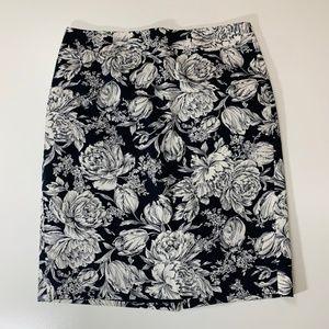 Ann Taylor Navy Blue White Floral Skirt 10